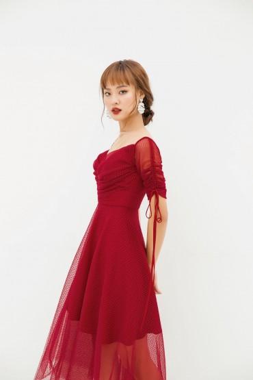 V710 - Váyđầm midi dạ tiệc thiết kế cúp ngực pha lưới - Đỏ mận, Đen - Bely
