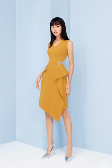 V779 - Váy đầm dáng A tạo khối thiết kế pha lê eo - Vàng mơ, Đỏ đô - Bely
