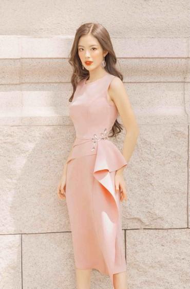 V763 - Váy đầm ôm bút chì tạo khối thiết kế pha lê eo - Hồng pastel, Hồng đất - Bely