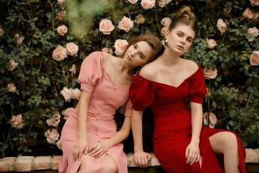 V587 - Váy đầm 7 mảnh lụa Italy thiết kế tay phồng trễ vai - Đỏ, Hồng - Bely