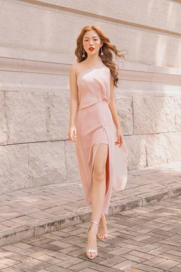 V776 - Váy đầm bút chì lệch vai kéo khóa xẻ đùi thiết kế choàng vai tạo kiểu - Đen, Hồng pastel- Bely