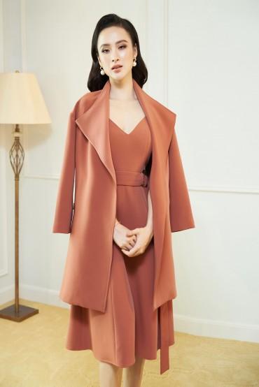 MT815 - Măng tô cổ nữ hoàng thiết kế khoá túi - Đen, Pink coral - Bely