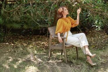 SM819 - Áo sơ mi lụa cổ nơ thiết kế tay chum lỡ - Vàng mơ, Green pastel - Bely